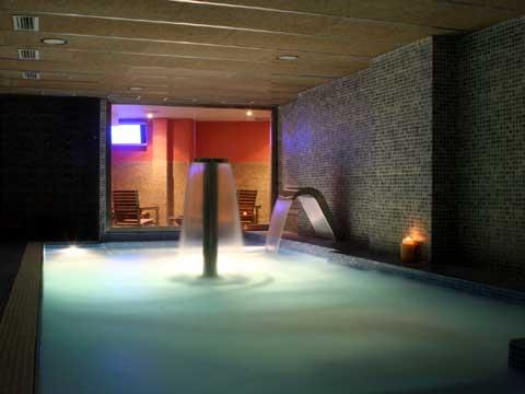 sauna barcelona barcelona sauna. Black Bedroom Furniture Sets. Home Design Ideas